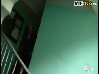 Русское порно видео с молодыми девушками и парнями дома у одной из них